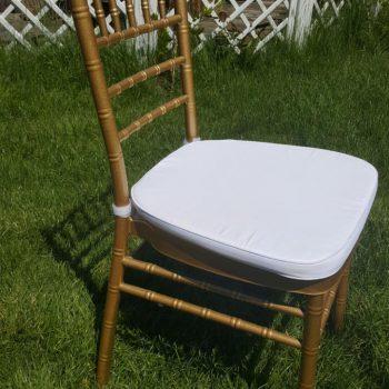 Krzesło Chiavari złote z białą poduszką