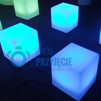Pufy / kostki / cube LED